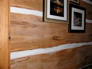 Faux Log Walls http://www.yankeebarnhomes.com/2011/02/07/faux-finishes-barn-homes-wear-them-beautifully/