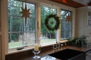 Holiday Decorating Ideas For Your Post Beam Home