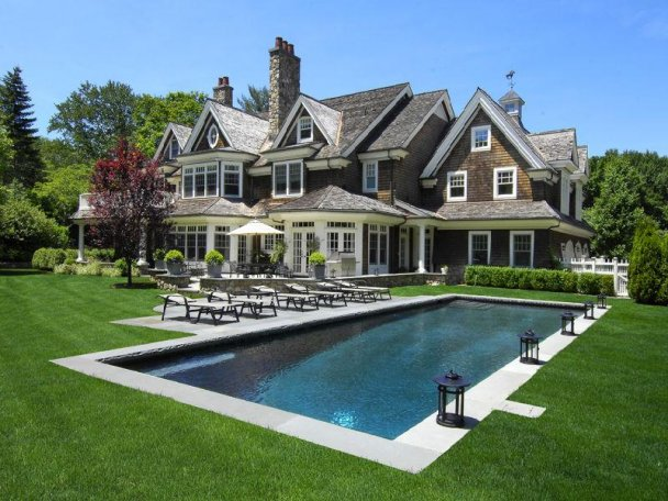 Classic Hamptons Architecture: Shingle Style At Its Best