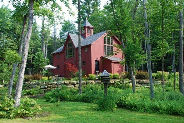 Always buy quality in these yankee barn homes construction for Carriage house barn