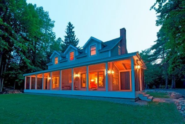 A Yankee Barn Cottage On The Shores Of Lake Champlain