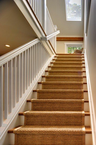 Barn house staircase ideas complete with photos for Farmhouse stairs