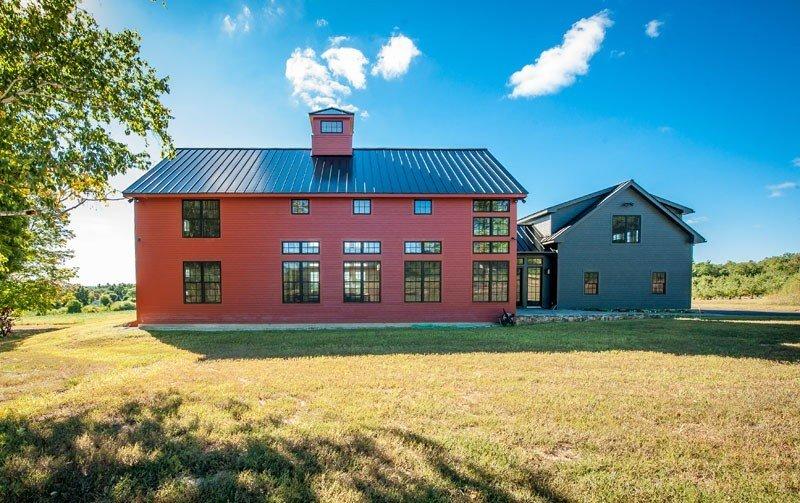 Bancroft barn home yankee barn homes for New england barn homes
