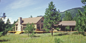 Post and beam timber frame mountain lodge