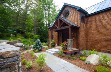 Conway Lodge Entrance