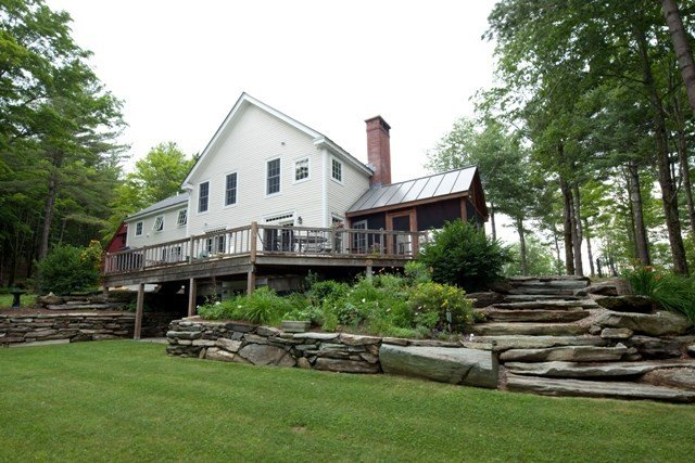 Butler middlebury farmhouse home plans yankee barn homes for Post and beam farmhouse plans
