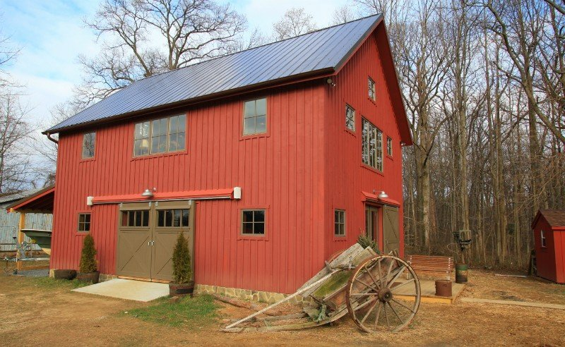 carriage house barn