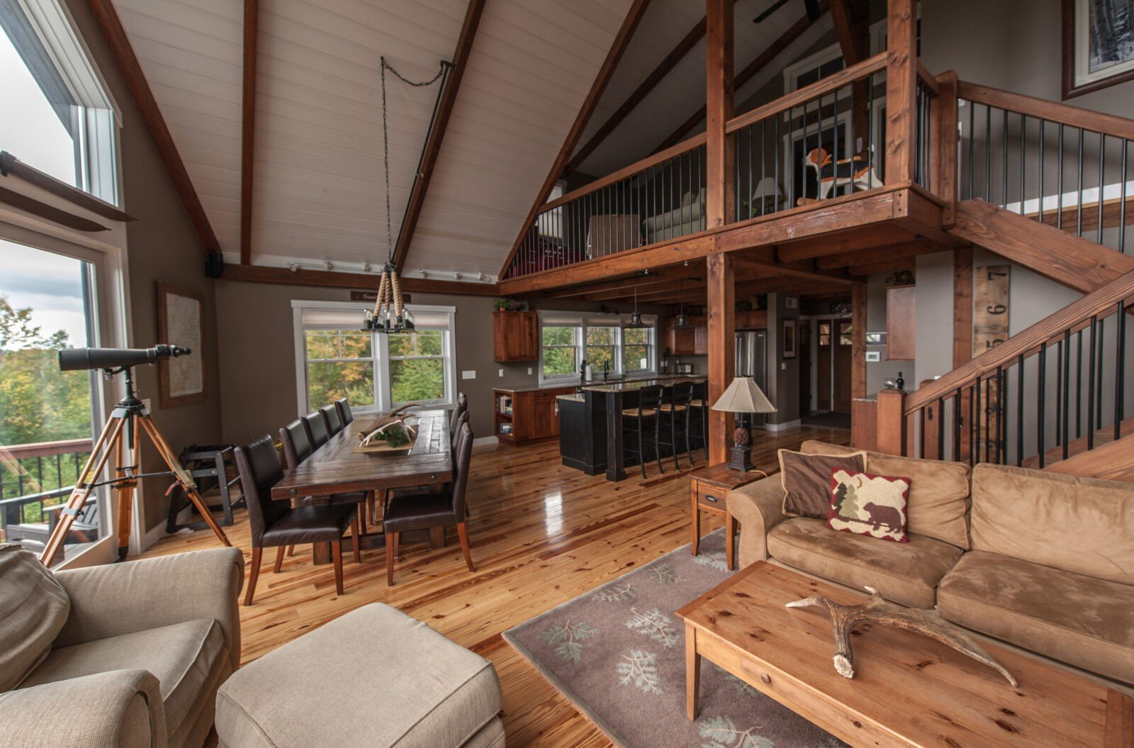 Post and beam home styles yankee barn homes for Post beam house