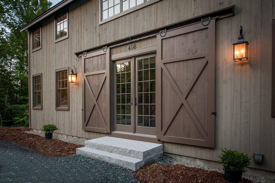 Grantham Lakehouse Yankee Barn Homes