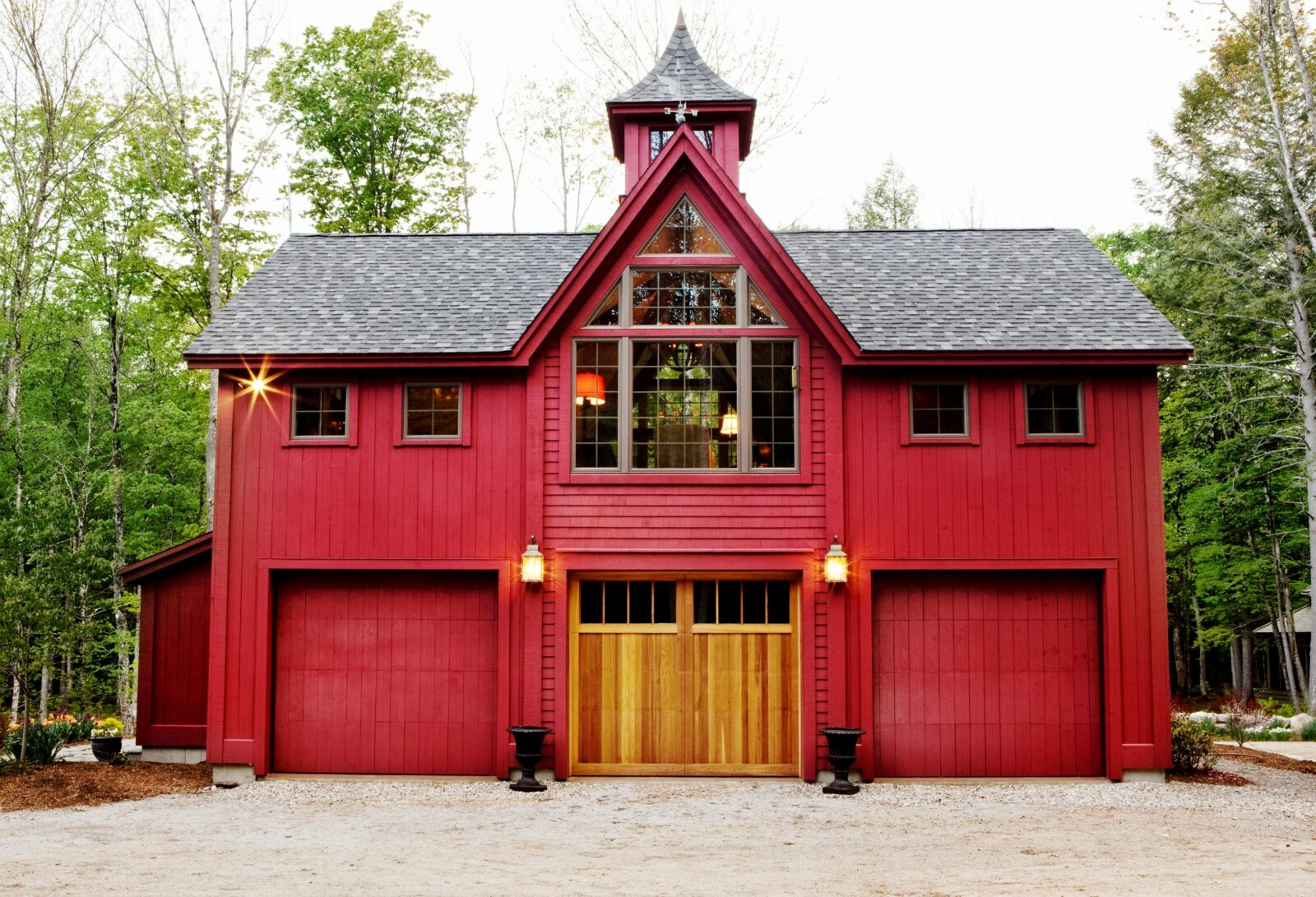 Victorian barn yankee barn homes for Maine post and beam kits