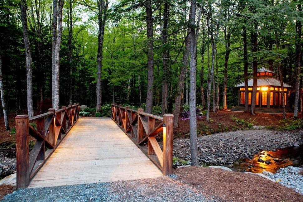 Bridge To Gardens and Tea House