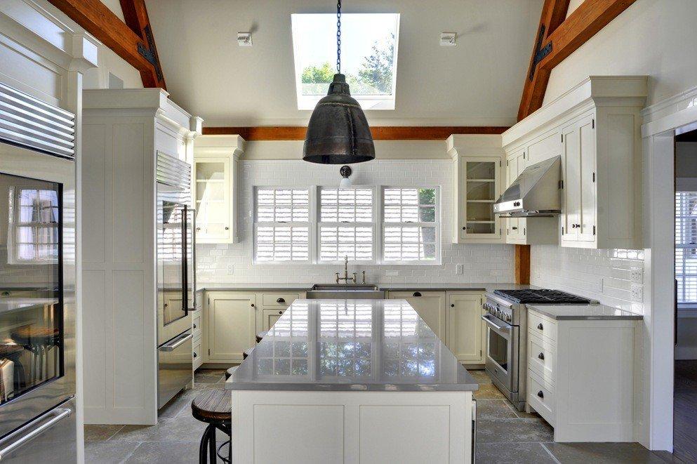 Yankee Barn Laurel Hollow Kitchen