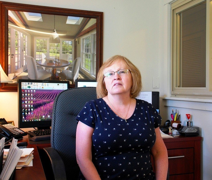 Grace Kemp, Yankee Barn Controller