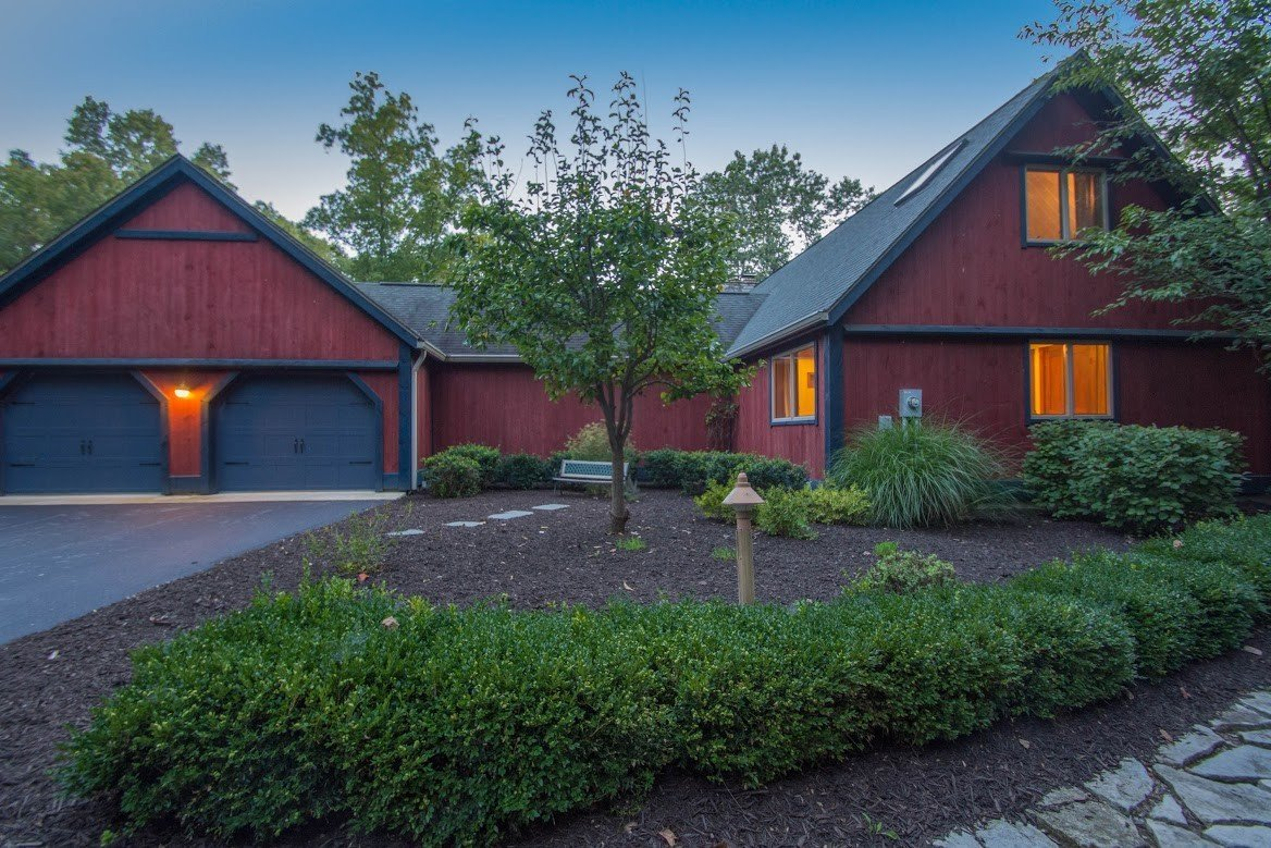 Kerr Creek Barn Home Exterior Front