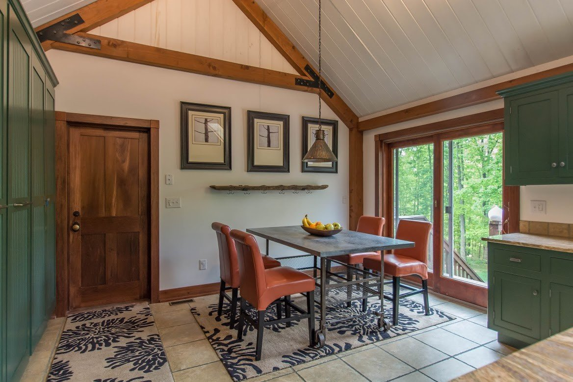 Kerr Creek Barn Home Breakfast Nook - Yankee Barn Homes