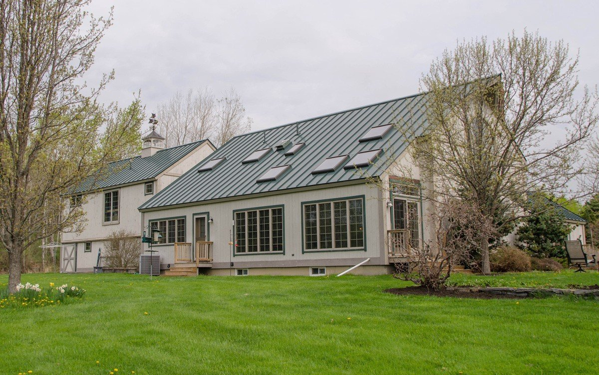 Traditional Yankee Barn Home Design