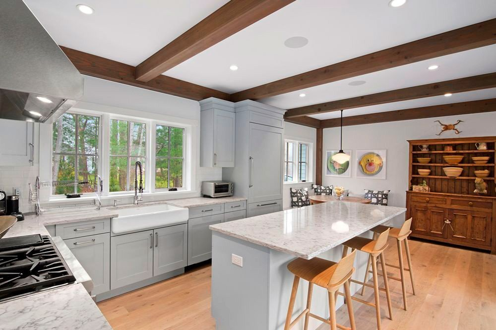 East Hampton Contemporary Post and Beam Home Kitchen