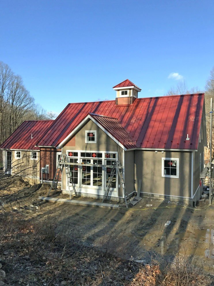 Small Barn Home The Downing Looks Spectacular