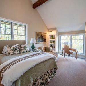 Master Suite Grantham Lakehouse