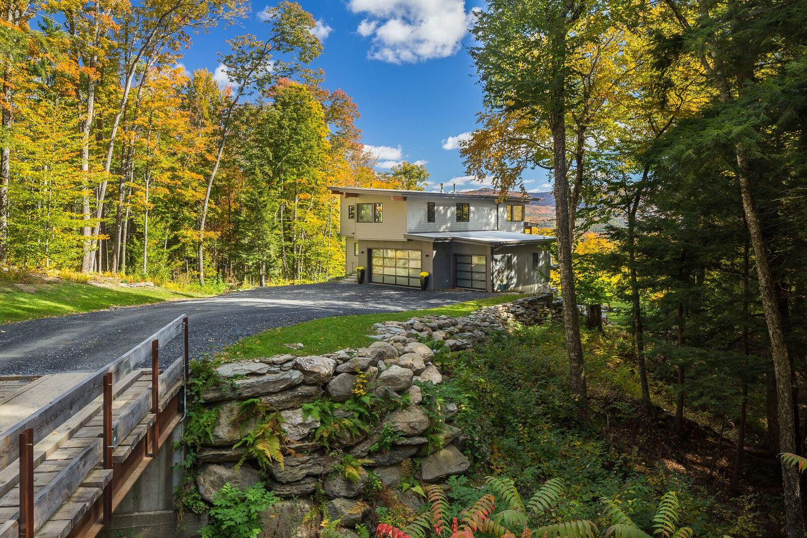 Mad River Modern Makes Yankee Barn Homes News