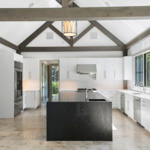 yankee barn kitchen and bath trends