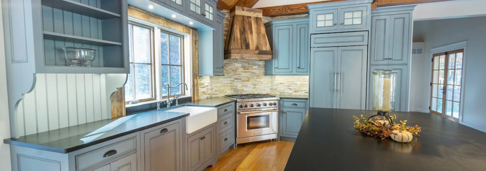 NH Union Leader – Grantham Post-And-Beam Home Builder Manufactures Beauty
